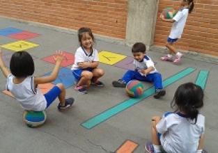 O brincar e o desenvolvimento da criança