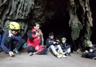 Espeleologia nas cavernas do Petar