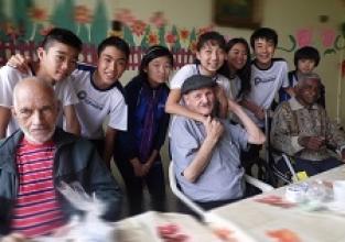 Ação social: Visita ao Lar de Idosos Vivência Feliz