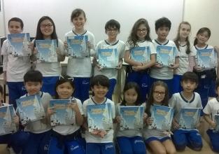 Turma de 3º ano se corresponde com autoras de Férias na Antártica