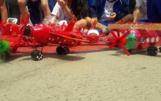 aviao vermelho