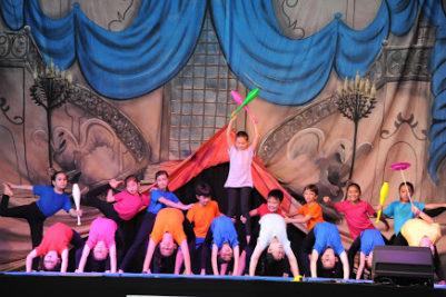 Festa dos Cursos Extras oferece atrações para a família e revela talentos